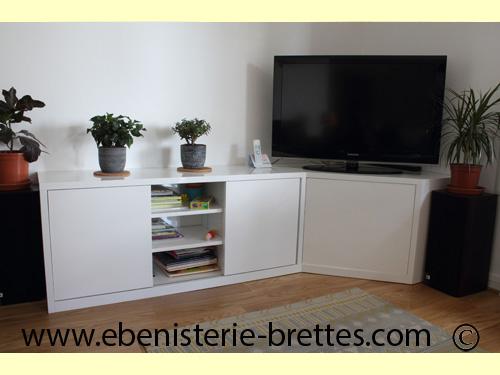 Meubles 64 creation de mobilier portes et placards sur for Meuble televiseur ecran plat